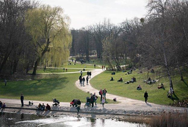 Encuentro de Jóvenes en el Volkspark de Berlin